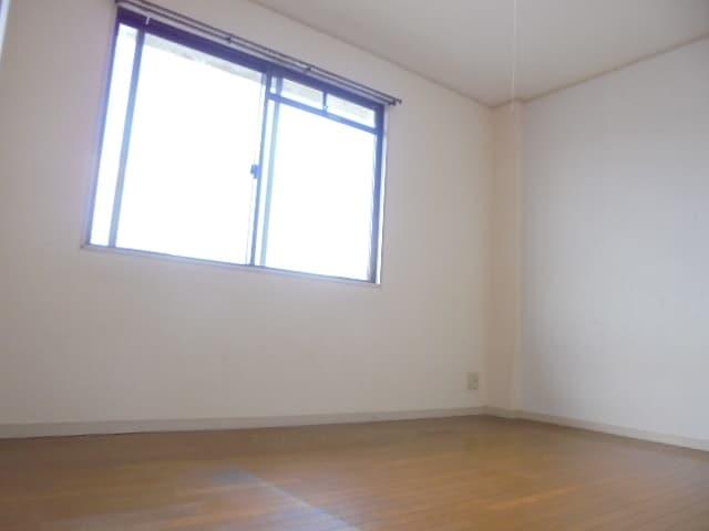 6帖の寝室です