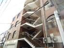 川喜ビルの外観