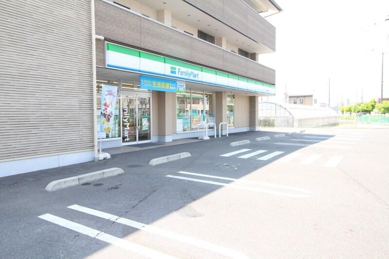 ファミリーマート倉敷沖店(コンビニ)まで683m
