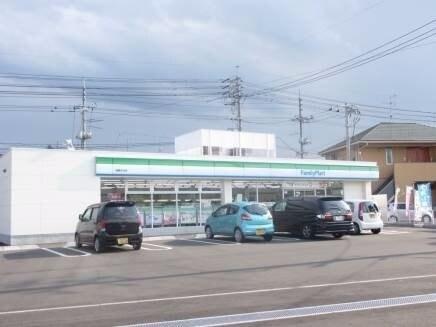 ファミリーマート倉敷福島店(コンビニ)まで812m