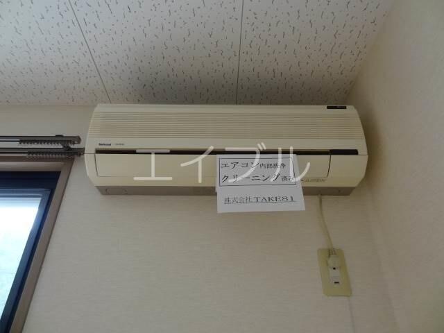 同間取り2Fのお部屋の写真です。現況を優先致します。