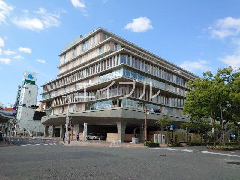 四国銀行本店(銀行)まで1108m