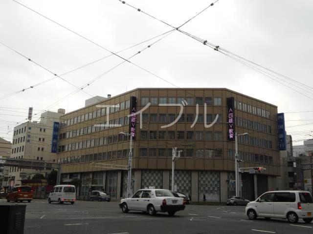 四国銀行本店(銀行)まで1031m