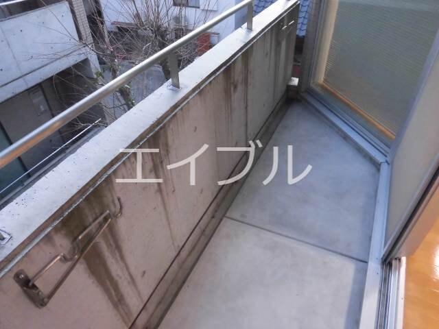 3階反転タイプのお部屋です、現況を優先致します。