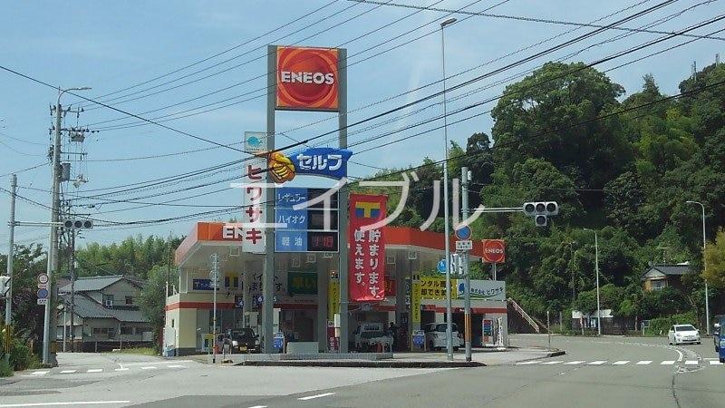 ローソン高知横浜店(コンビニ)まで176m