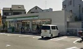 ファミリーマート箕面半町店