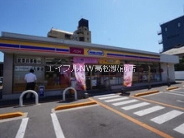 ミニストップ高松築地町店(コンビニ)まで200m