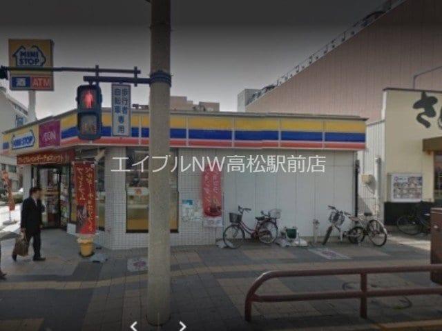 ミニストップ高松駅前店(コンビニ)まで14m