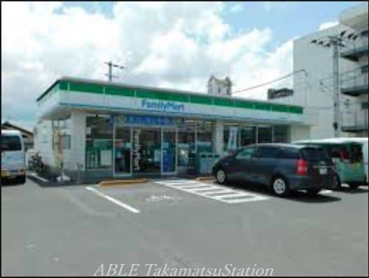 ファミリーマート高松伏石店(コンビニ)まで302m