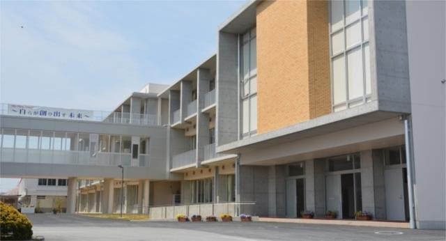 茨城県立下館第二高校(高等学校/高等専門学校)まで849m