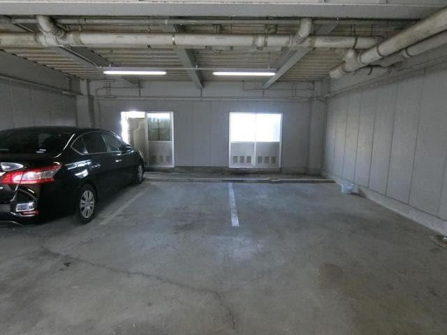 1階ガレージ部分