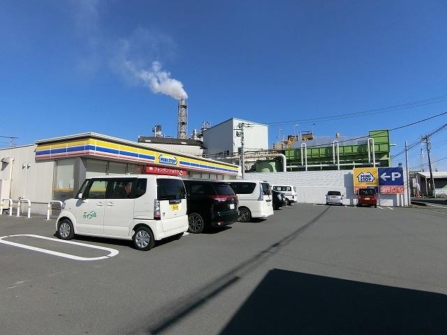 ミニストップ富士原田南店(コンビニ)まで938m※ミニストップ富士原田南店