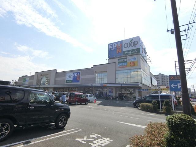 クロスガーデン富士中央(ショッピングセンター/アウトレットモール)まで454m※クロスガーデン富士中央