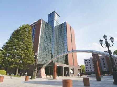 私立山梨学院大学(大学/短大/専門学校)まで1008m