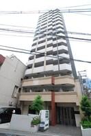 大阪メトロ御堂筋線/なんば駅 徒歩3分 10階 築12年の外観