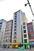 大阪メトロ御堂筋線/大国町駅 徒歩5分 5階 築23年の外観