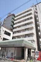 大阪メトロ御堂筋線/大国町駅 徒歩6分 4階 築32年の外観