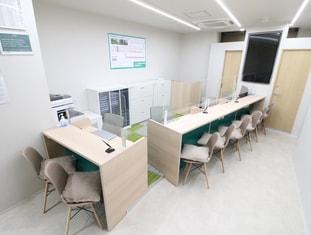 エイブル武蔵小金井店の内観写真
