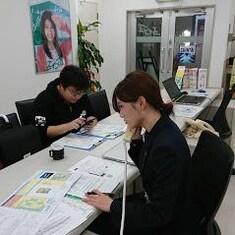 エイブル久米川店の接客写真