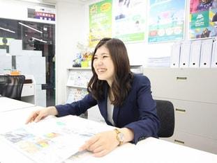 エイブル京阪守口店の接客写真