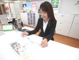 エイブル心斎橋店の接客写真