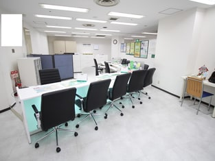 エイブル千里中央店の内観写真