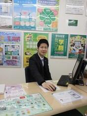 エイブル西長堀店の接客写真