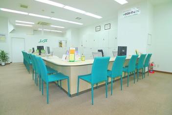 エイブル武蔵浦和店の内観写真