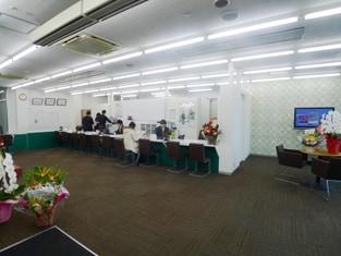 エイブル新都心スーパーアリーナ店の接客写真