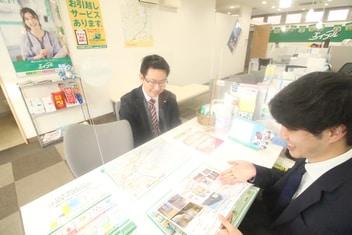 エイブルみなと仙台中野栄店の接客写真