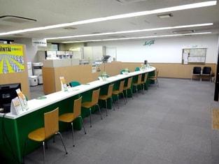 エイブル新百合ヶ丘店の内観写真