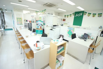 エイブル稲田堤店の内観写真