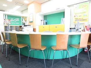 エイブル小田急相模原店の内観写真