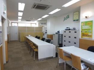エイブル町田駅前通店の内観写真