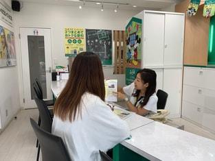 エイブル武蔵関店の接客写真