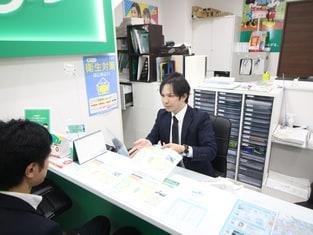 エイブル武庫之荘店の接客写真