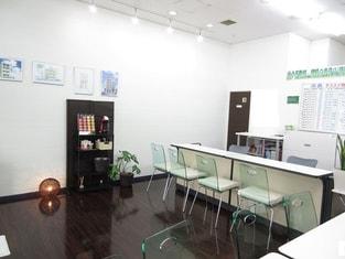 エイブル六甲道店の内観写真