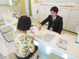 エイブル新長田店の接客写真