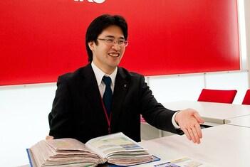 エイブルネットワーク生駒店の接客写真