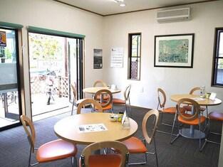 エイブルネットワーク自治医大店の内観写真