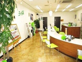 エイブルネットワーク環状通東店の内観写真