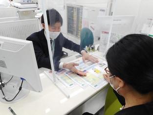 エイブルネットワーク成田店の接客写真