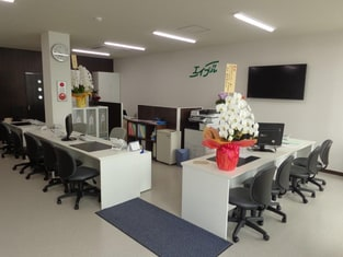エイブルネットワーク泉大津店の内観写真