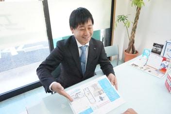 エイブルネットワーク浜松北店の接客写真