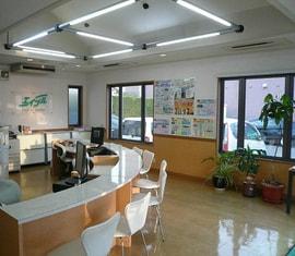 エイブルネットワーク大村店の内観写真