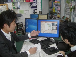 エイブルネットワーク呉駅前店の接客写真