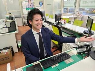 エイブルネットワーク函館美原店の接客写真