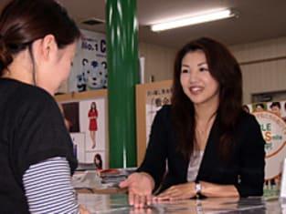 エイブルネットワーク旭川永山店の接客写真
