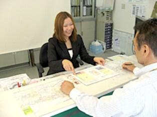 エイブルネットワーク沼津駅北店の接客写真