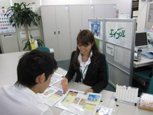 エイブルネットワーク本庄店の接客写真
